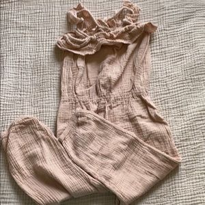 H&M romper size 3-4 run big